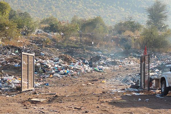 <p>Limpopo se vullisterreine in haglike toestand</p>